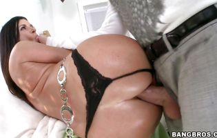 Cunning India Summer got her tight butt stuffed with a lever