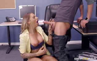 Magnificent busty latina blonde Juelz Ventura bends over to be bum banged with passion