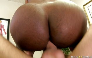 Nasty Nyomi Banxx is about to suck a fat wang and get it inside her ass