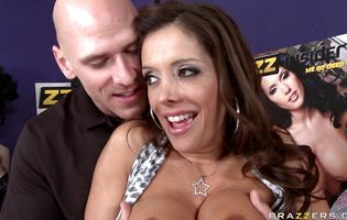 Charming bimbo Francesca Le is ass banged by a horny man