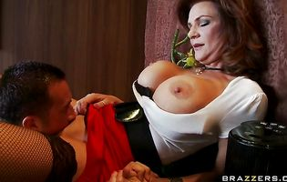 Beguiling mature darling Deauxma with impressive tits wants a big hard pipe in her ass