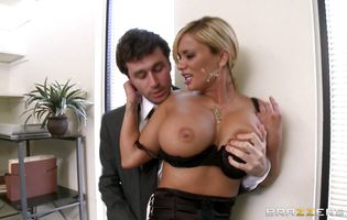 Maiden Shyla Stylez had casual anal sex in because she wanted a good discount