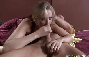 Shlong munching slender busty blonde Julia Ann gets that gaping bum of hers screwed yet again