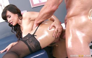 Extraordinary Lisa Ann entertains dude with anal adventures