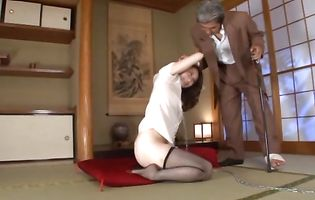Japanese mature Yuu Kawakami got before she started sucking pal's pecker like an anal sex slave