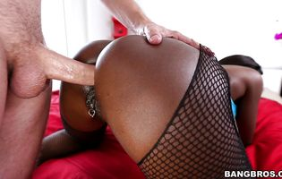 Beef bayonet loving sinful Diamond Jackson is deepthroating after her tight ass was fucked the way she likes the most